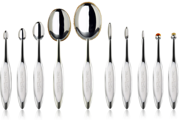 elite-mirror-10-brush-set-with-reflections